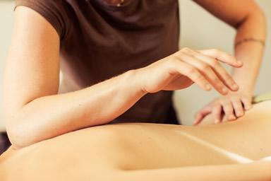 massaggio decontratturante centro estetico roma zona policlinico la sapienza